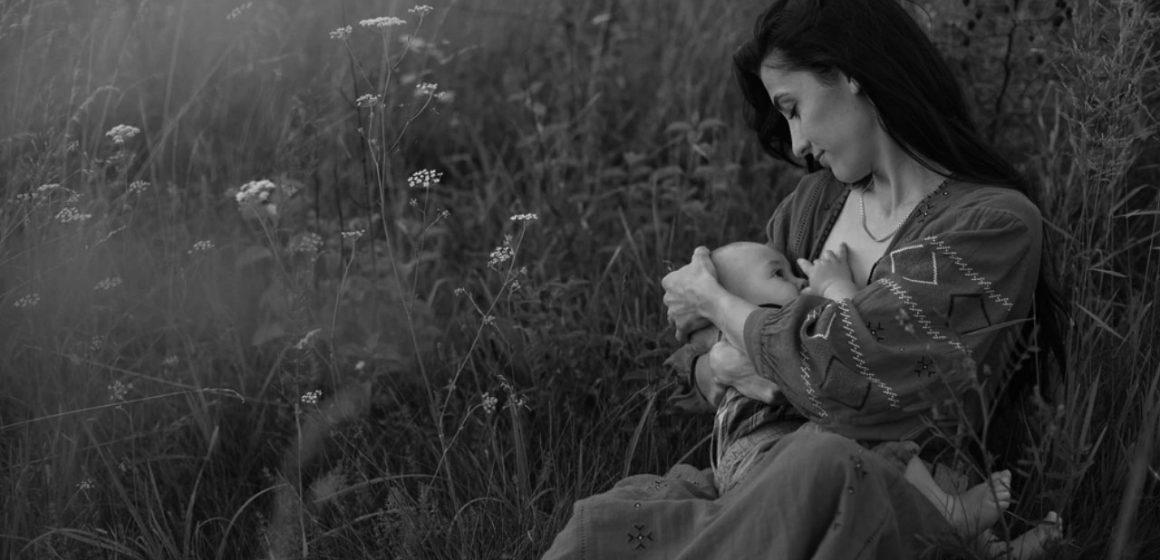 Ağlamayana Mama, Ağlayana İhmal Yok