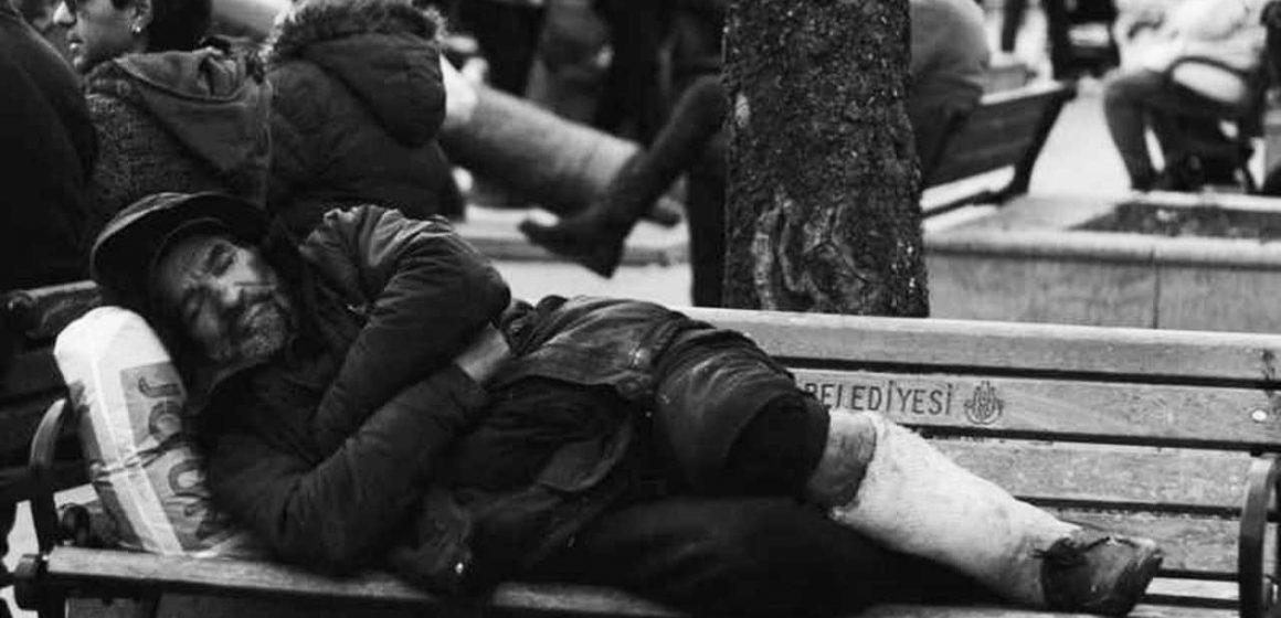 Parasız Yatılı'nın İşareti: Körlük
