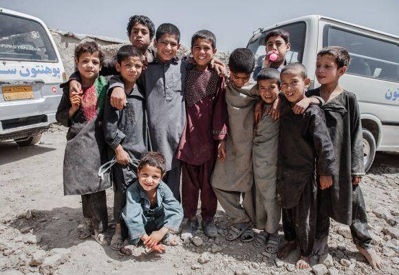 Dünyanın En Kötü Kampında Çocuk Olmak